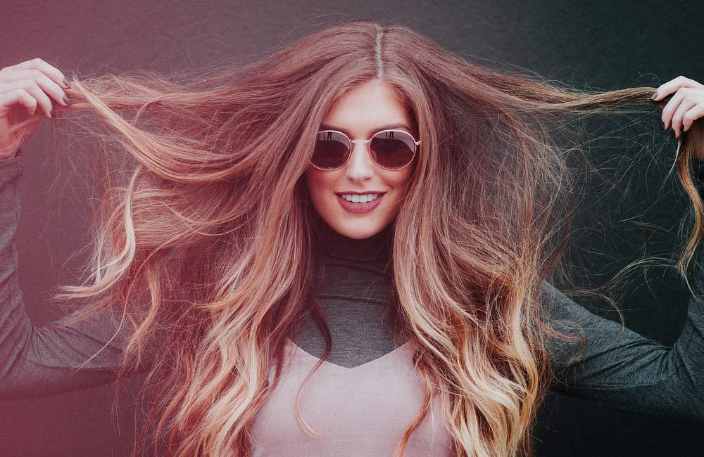 4 productos que te ayudarán a recuperar tu pelo después del verano