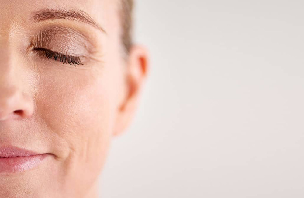 Eternalist A.G.E. la línea redensificante y regeneradora para pieles maduras de Sensilis